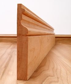 Victoriana Solid Cherry Skirting Board