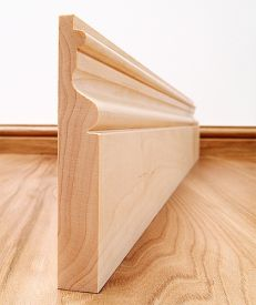 Victoriana Solid Maple Skirting Board